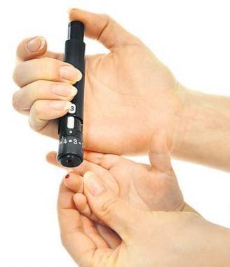 Neue Medikamente müssen umfangreichen Testläufen unterzogen werden. FOTO: DMITRY LOBANOV/ADOBE.COM
