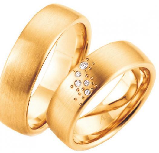 Ob Rosé-, Rot-,Weißgold, mit oder ohne Steine, bei Juwelier Mahlberg finden Paare ihren perfekten Trauring für ihren großen Tag. FOTOS: HFR
