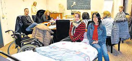 Die Schüler der Altenhilfeschule bereiten für die Gäste ein informatives Programm vor.
