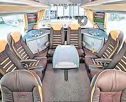 """Die """"Klönecke"""" im Luxus-Bus."""
