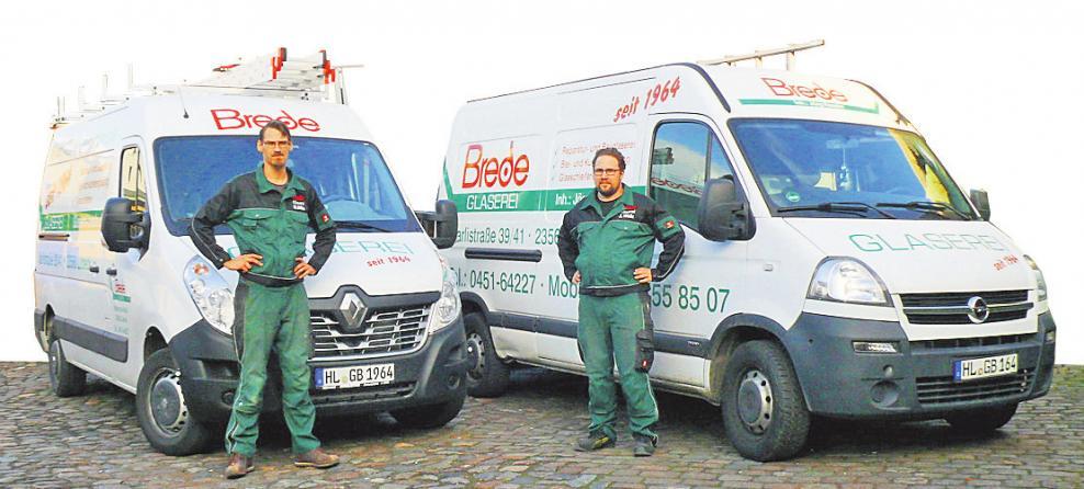 Hendrik Böbs und Jan-Philipp Walz von der Glaserei Brede sind Experten für einen guten Durchblick und sorgen mit Terrassenüberdachungen für entspannte Stunden im Freien. FOTO: CP