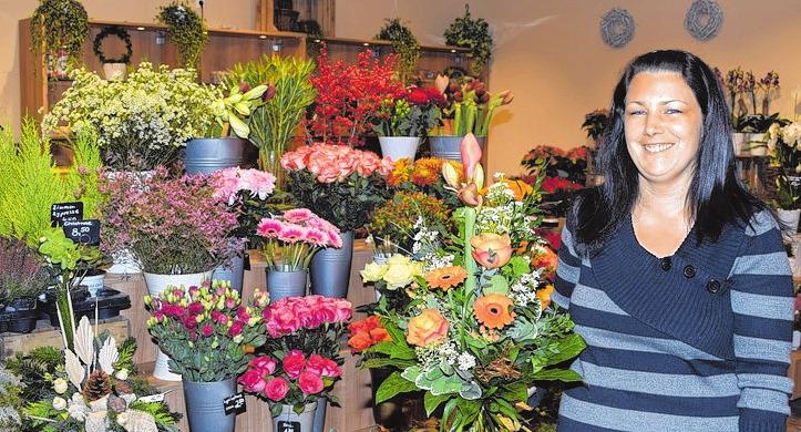 Sandra Hoffmann führt das Blumengeschäft in der Mall.