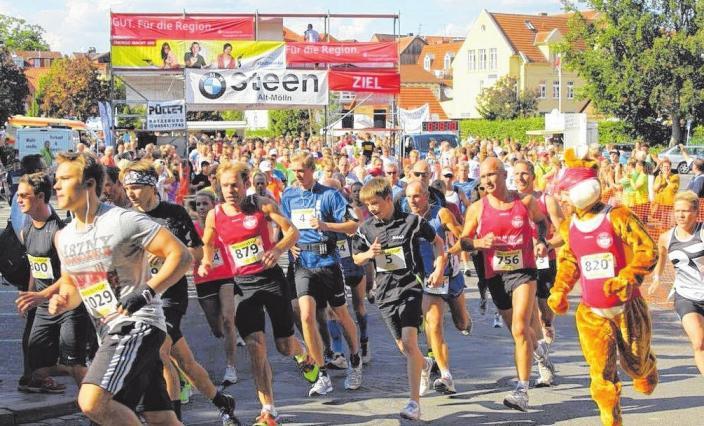 22. Möllner City-Lauf: Um 15 Uhr beginnt der zwölf Kilometer lange Hauptlauf, danach folgen kürzere Strecken. FOTO: HFR